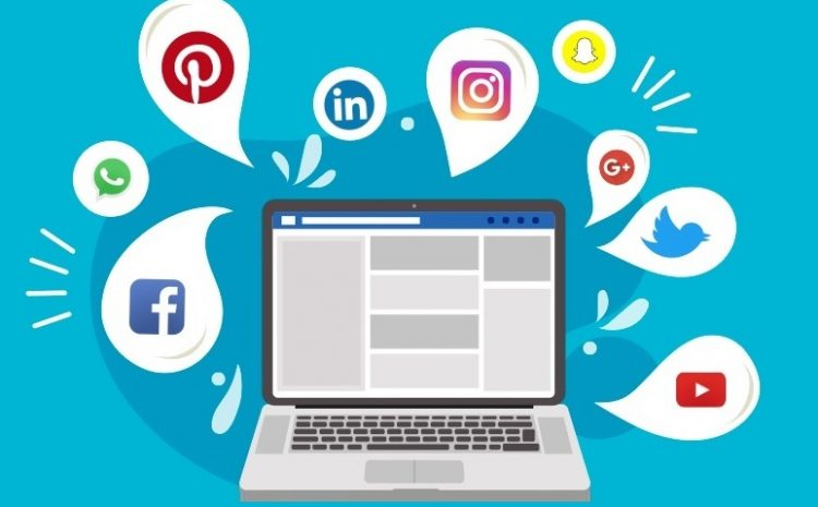 Top 5 Tools to Merge Multiple Social Media Feeds Into One